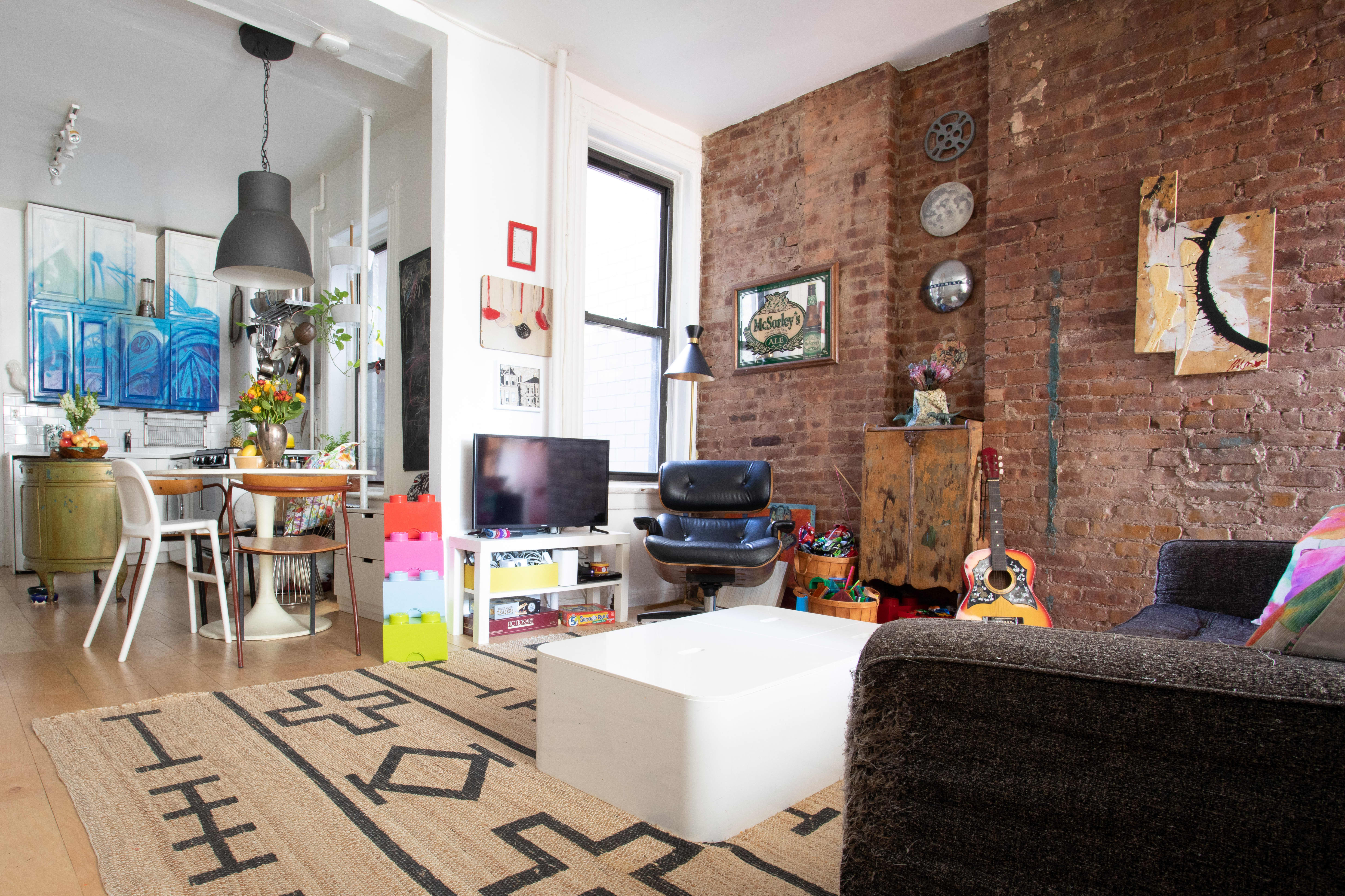 This family of four s 500 square foot apartment feels much - What is 500 square feet ...
