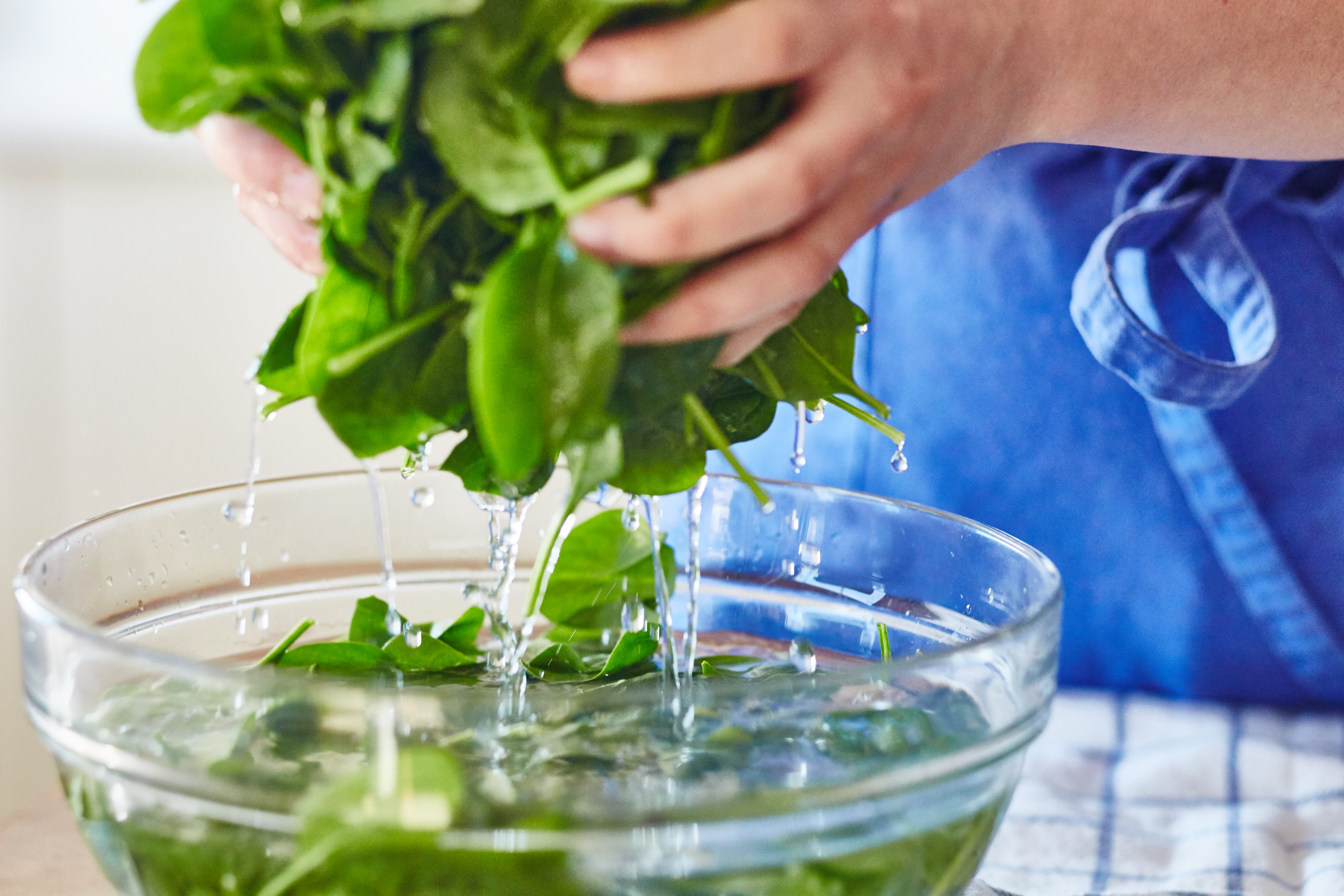 How To Quickly Cook Spinach on the Stovetop