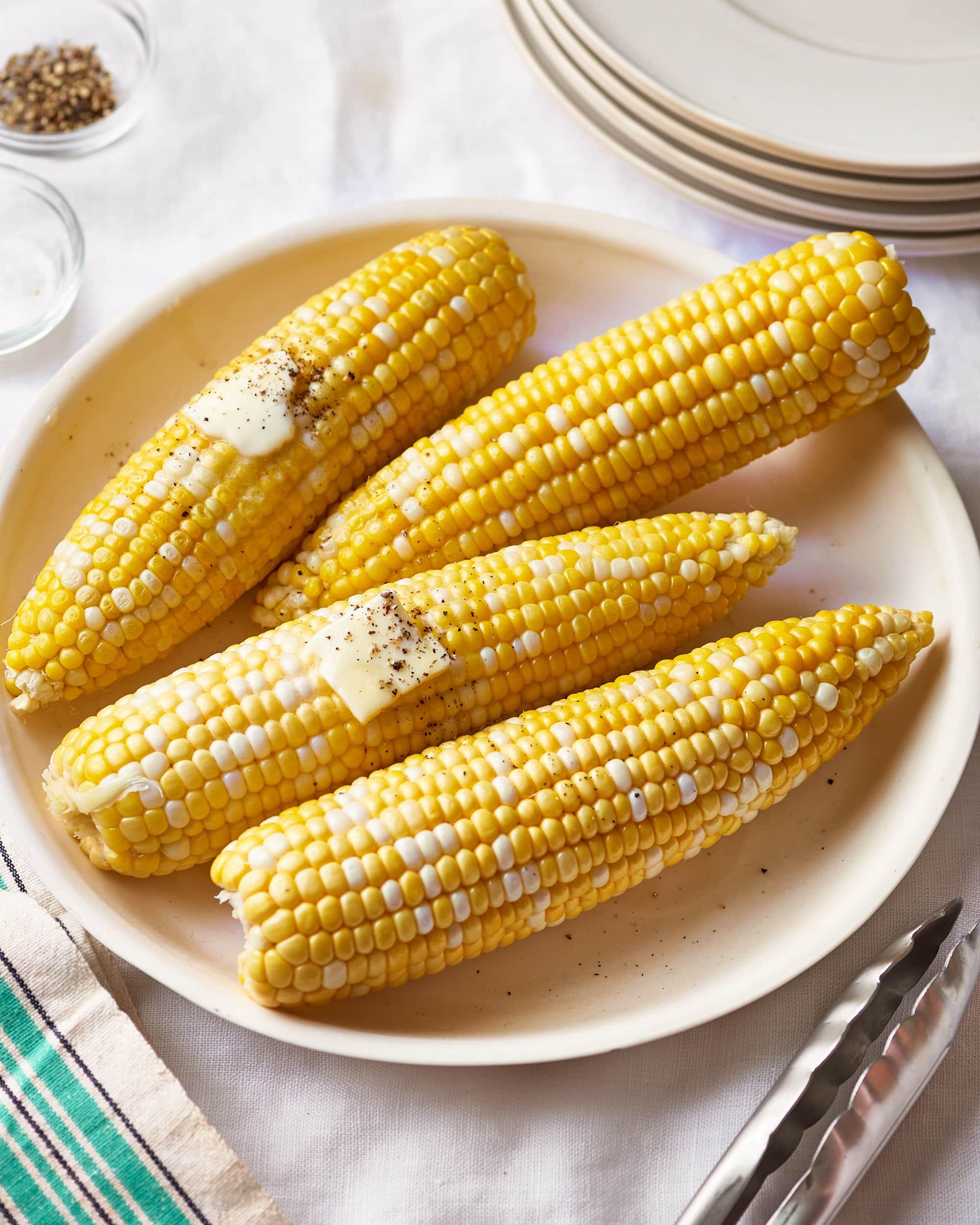 how long do i boil corn on the cob for