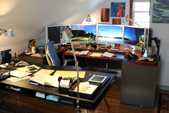 Mitch's Multi-Monitor, Over the Top Home Office ...