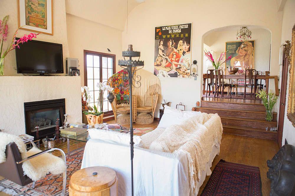 House Tour: Vintage Bohemian California Hilltop House ...