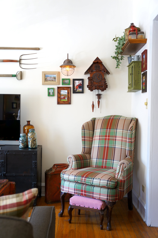 House Tour: Cozy Farmhouse Style in Chicago   Apartment ...