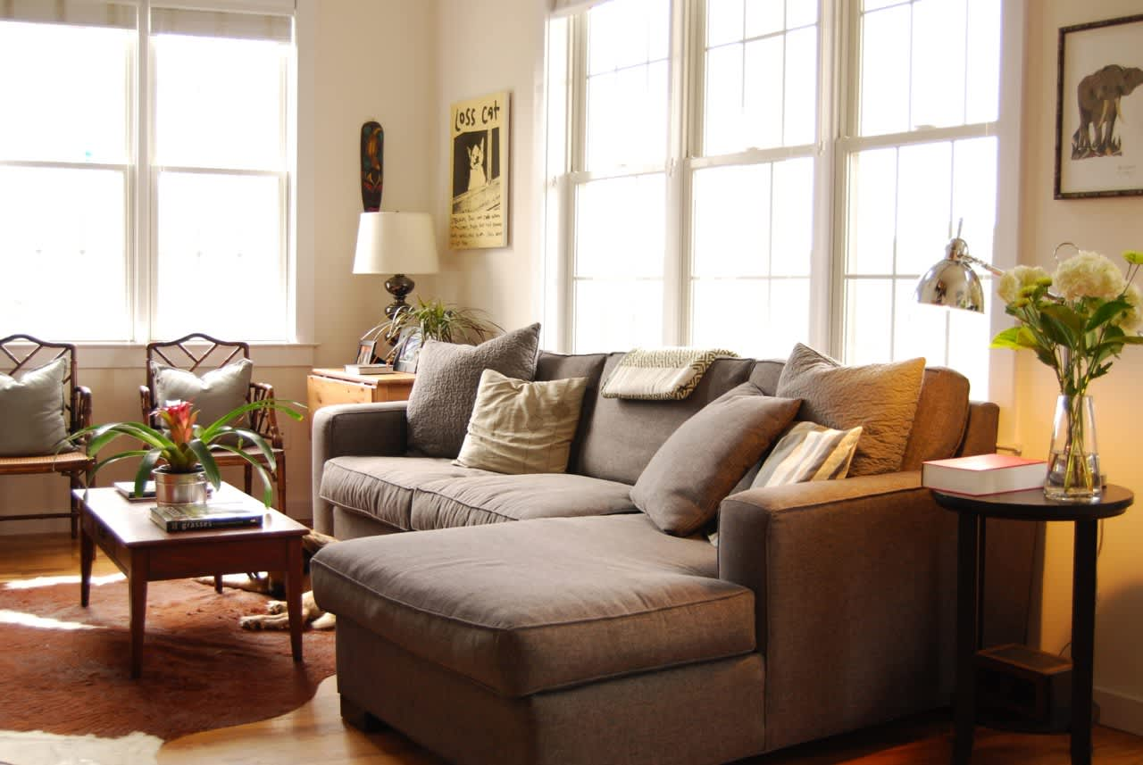 Cozy Nooks, Comfy Chairs, & Fluffy Beds: Just-Right Spots ...