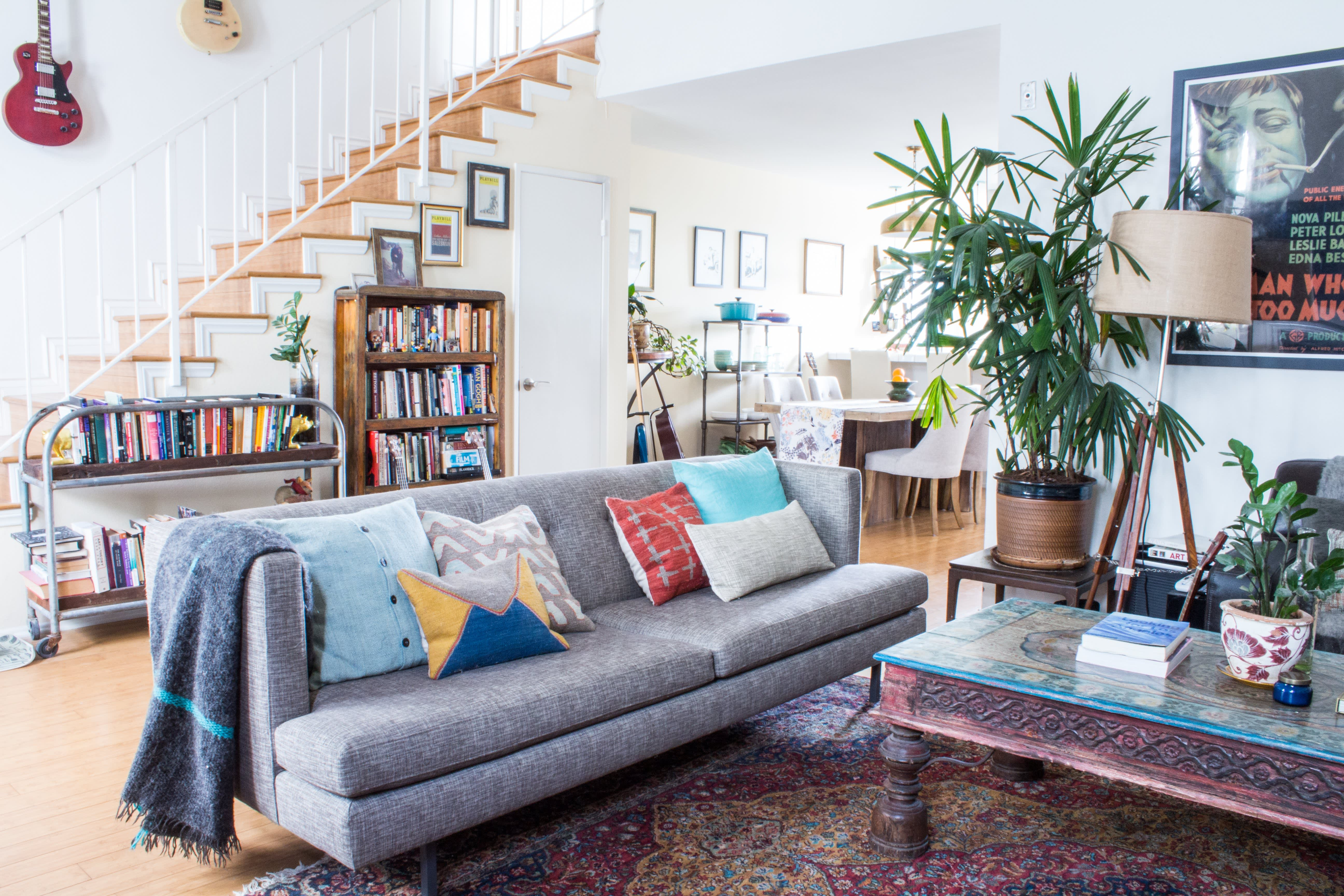 House Tour An Industrial Rustic Rental In Los Angeles