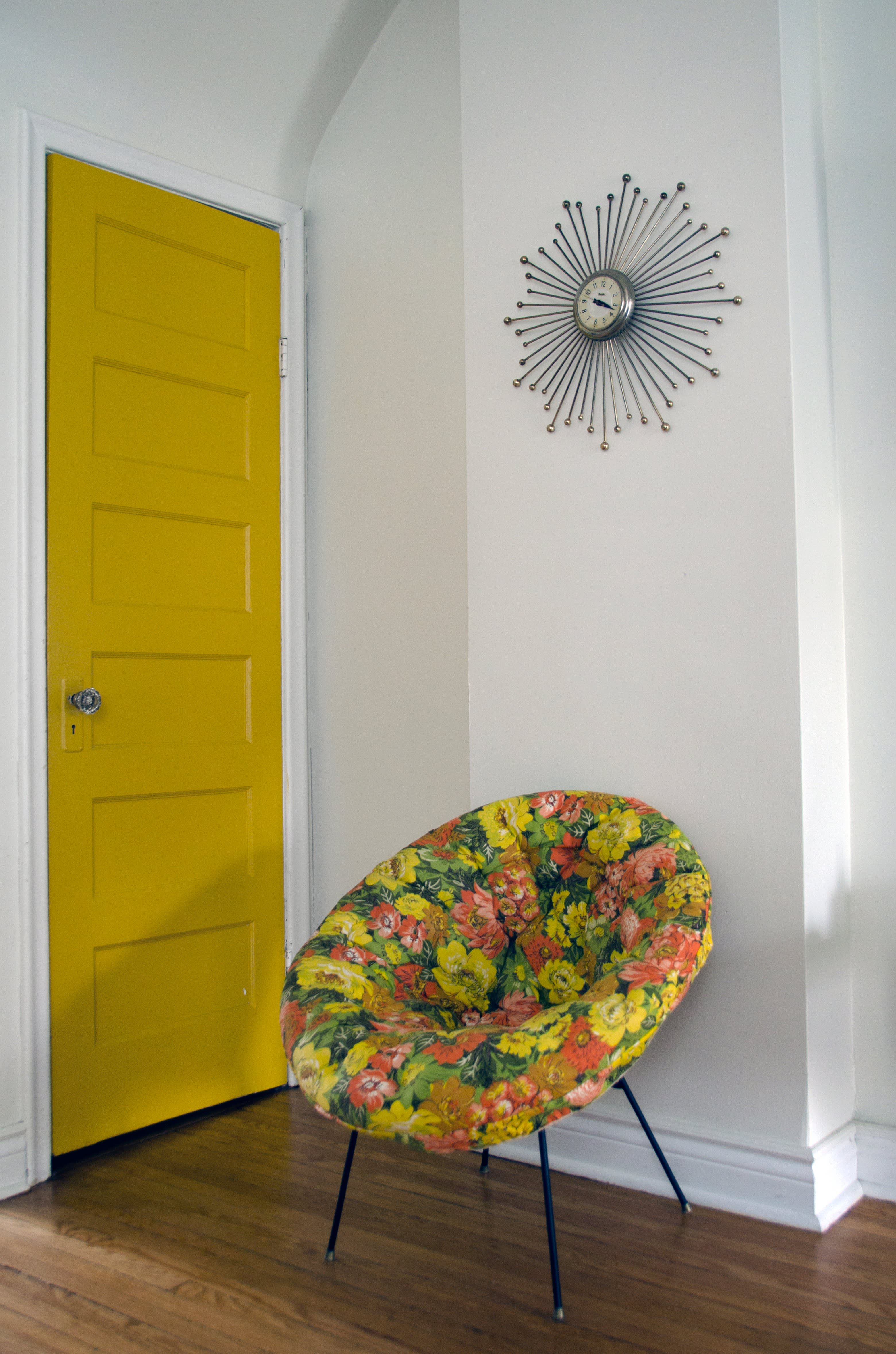 House Tour A Colorful Thrifty Toronto Home Apartment Therapy