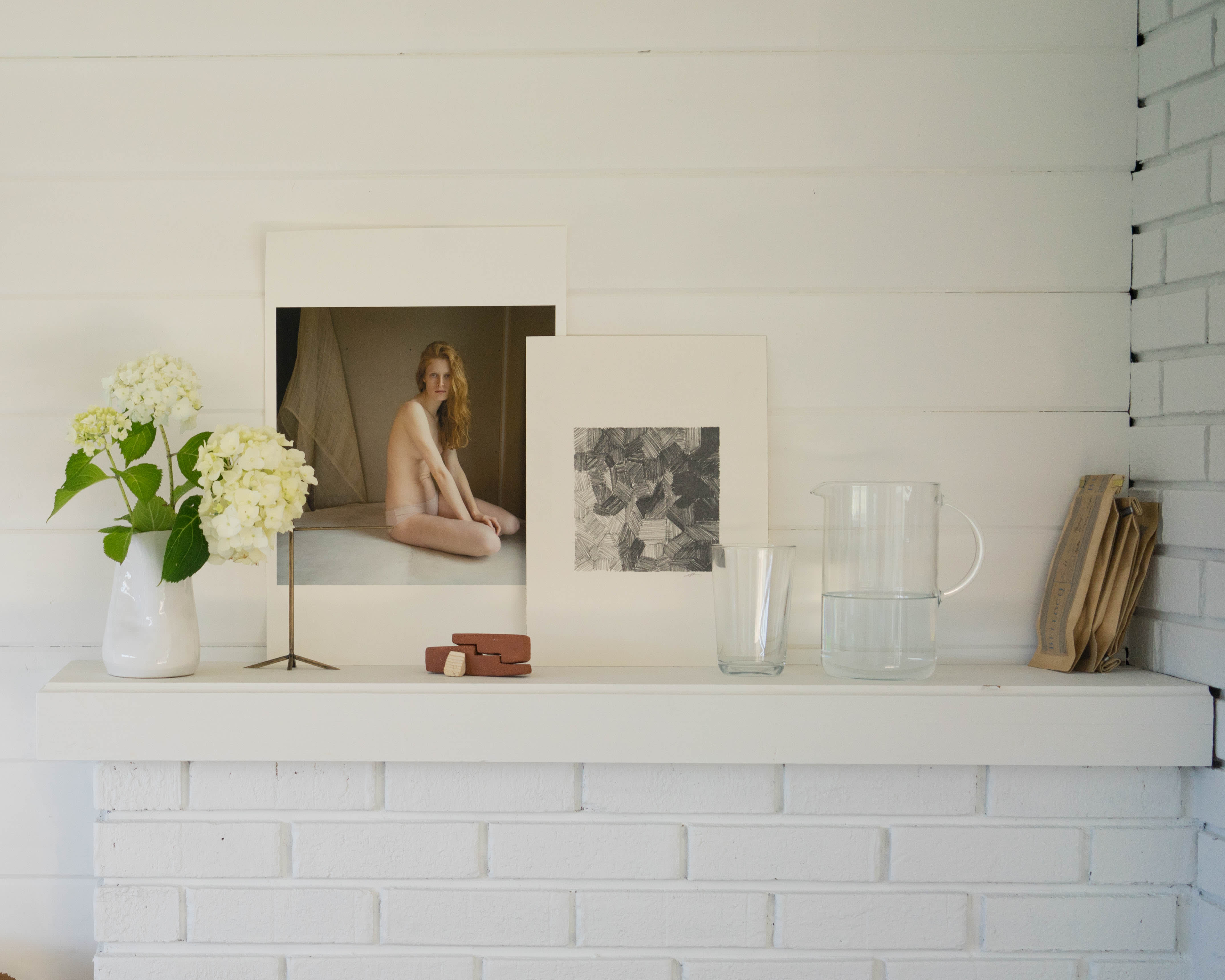 Mary Macgill S Minimal Bright Jewelry Making Studio Apartment Therapy