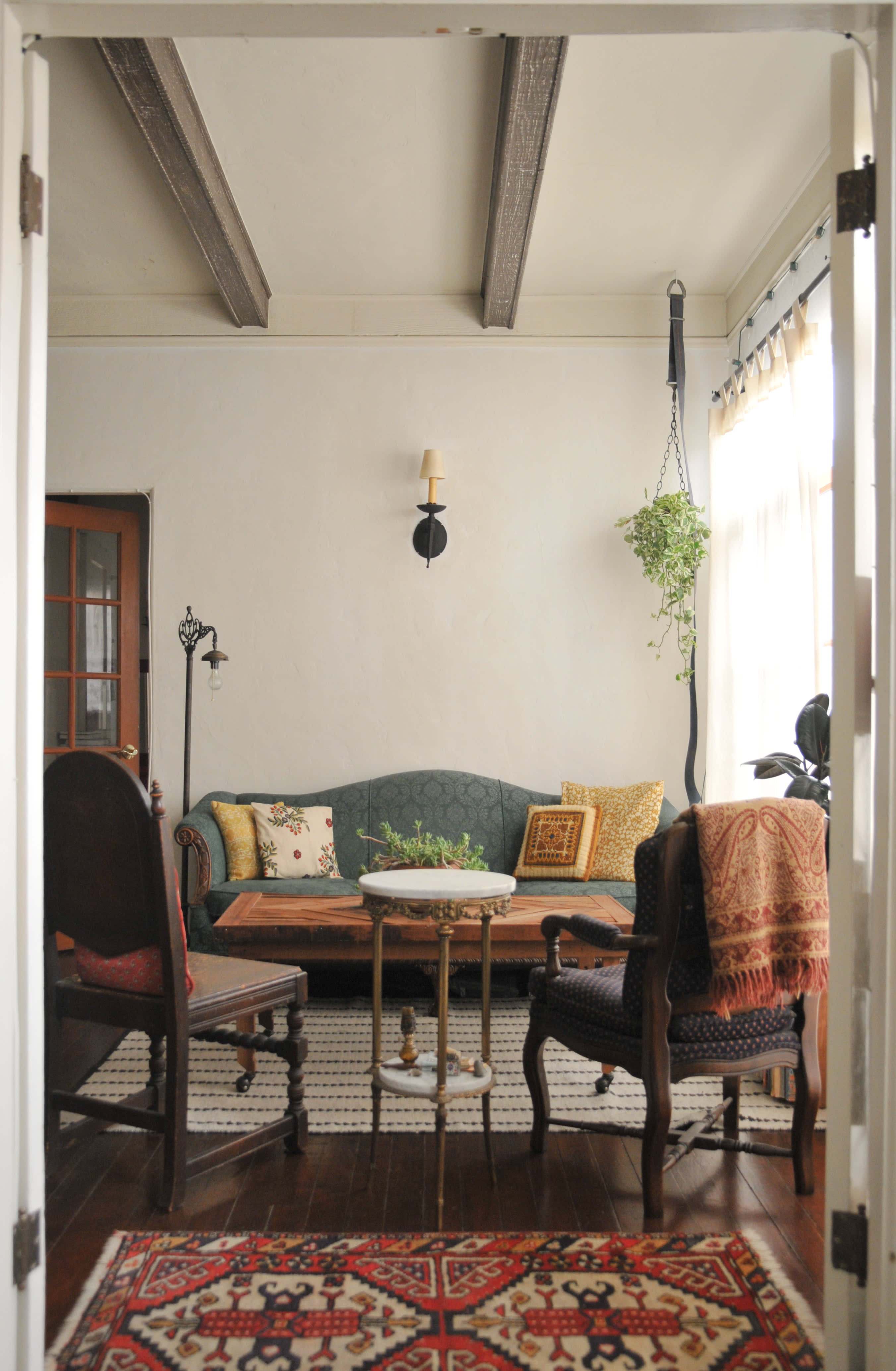 A Spanish Style LA Apartment Full of Warm Wood & Salvaged ...