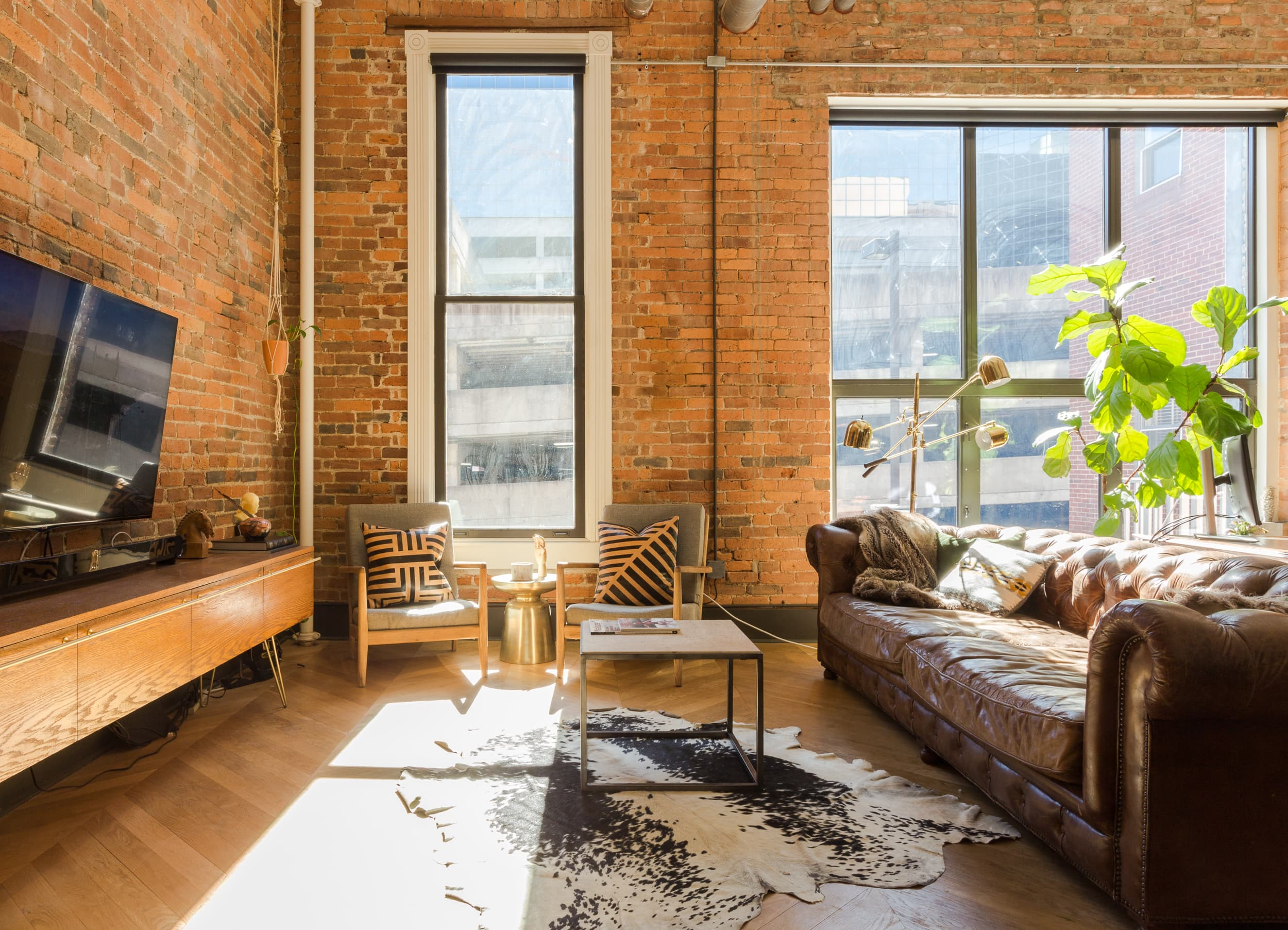 remarkable vintage industrial living room | Tour a Remarkable Remodel: Industrial Modern Loft ...