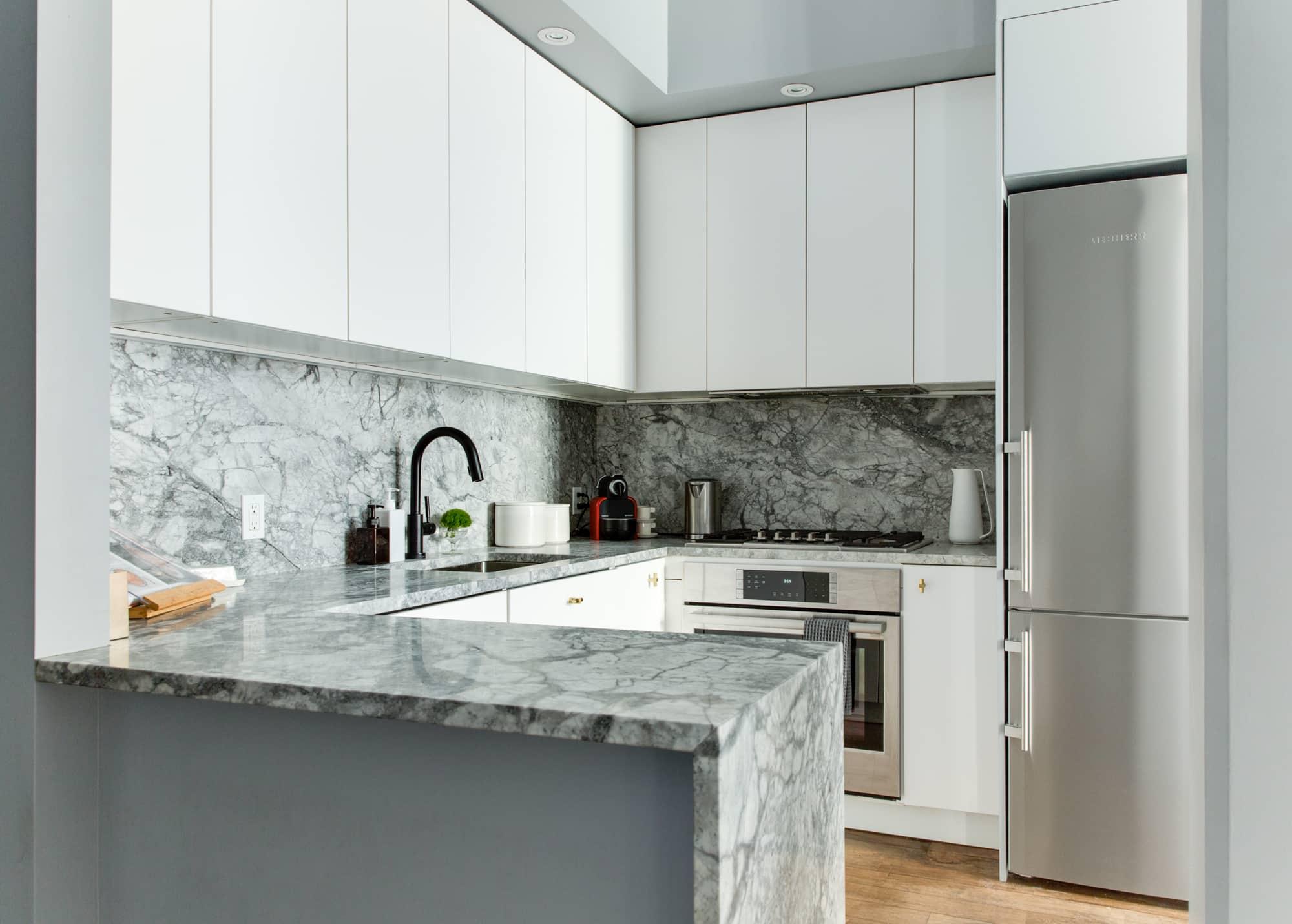 Kitchen Backsplash - Tile Ideas, Pictures, Designs ...