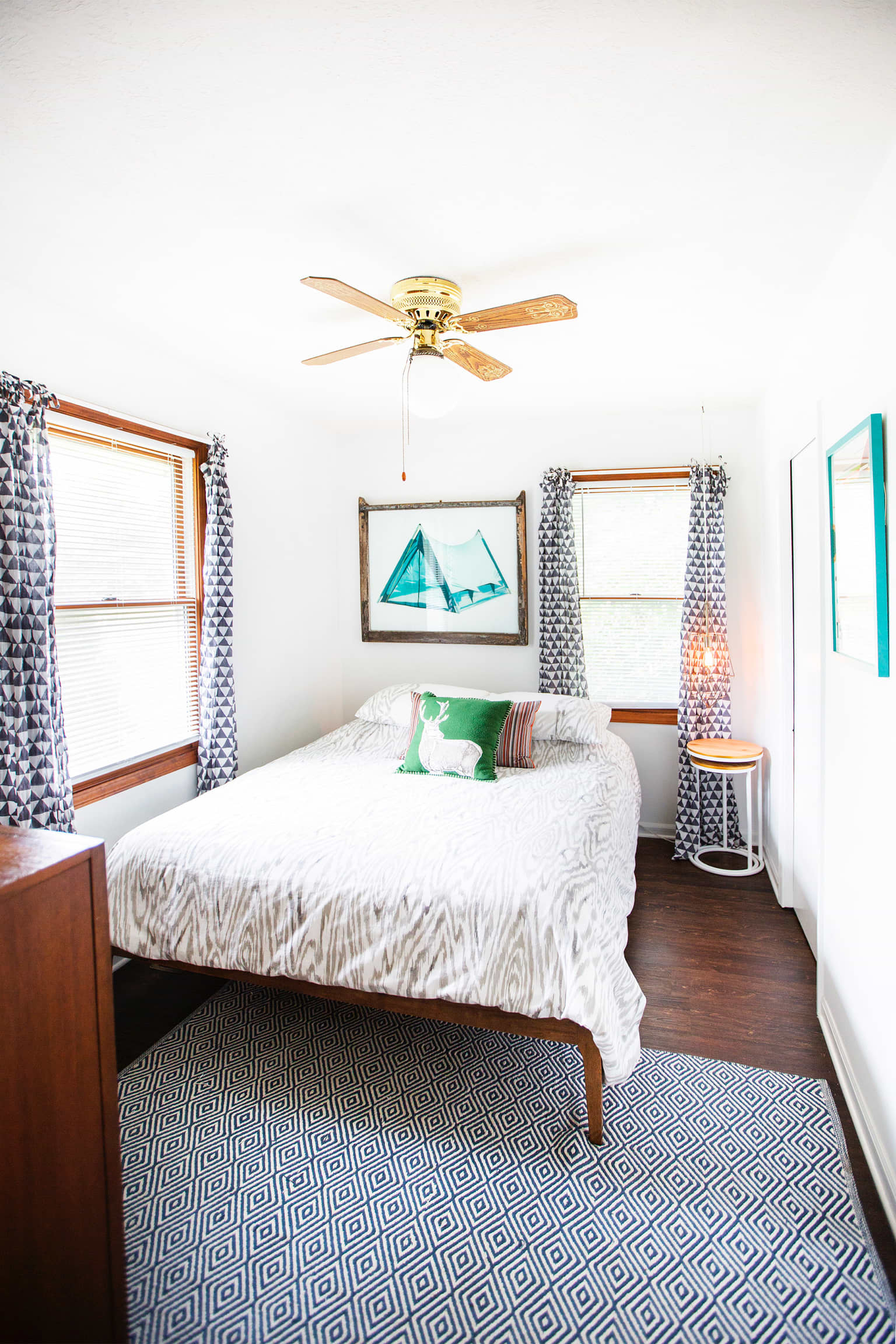 Mid Century Modern Cute Cottage Cabin Tour Apartment Therapy