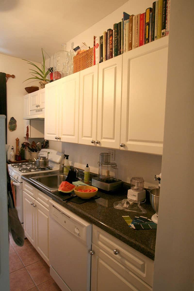 Kitchen Tour Jackie Gives Life To Her Rental Kitchen Kitchn