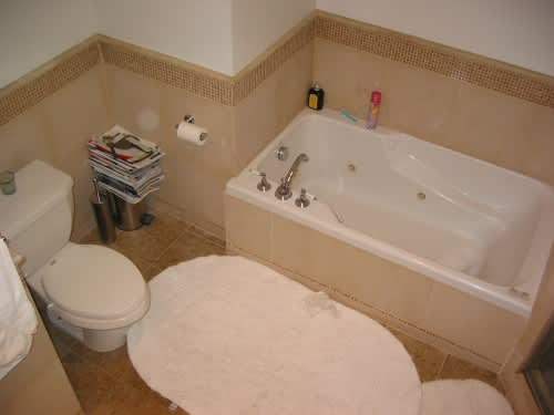House Tour: Jamie Pup Redoes His Bathroom: gallery slide thumbnail 4