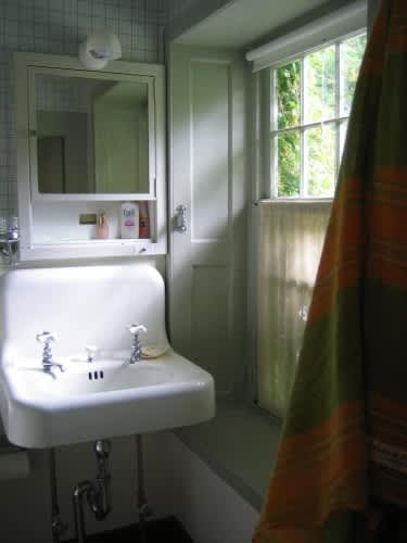 House Tour: Shaker Color and Details: gallery slide thumbnail 5