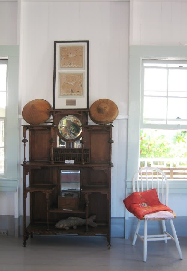 House Tour: The Wo Hing Society: gallery slide thumbnail 22