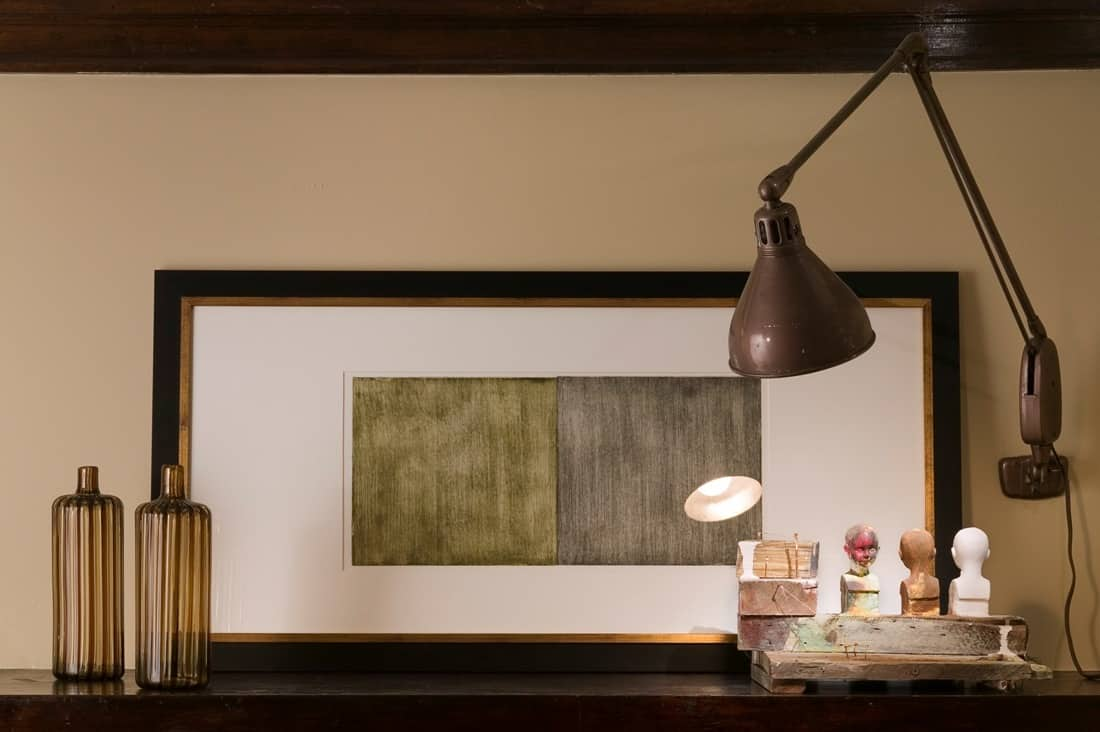 House Tour: David's Andersonville Apartment: gallery image 1