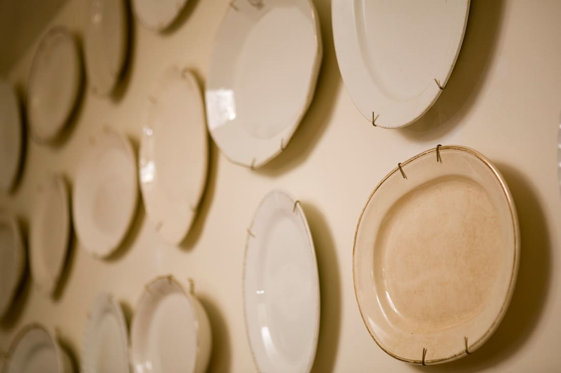 House Tour: David's Andersonville Apartment: gallery image 11