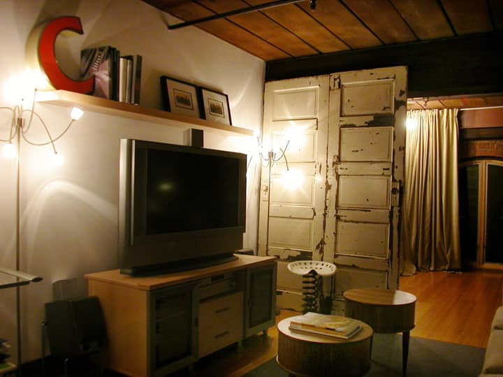 House Tour: Taylor and Mandy's Eclectic Loft: gallery slide thumbnail 1