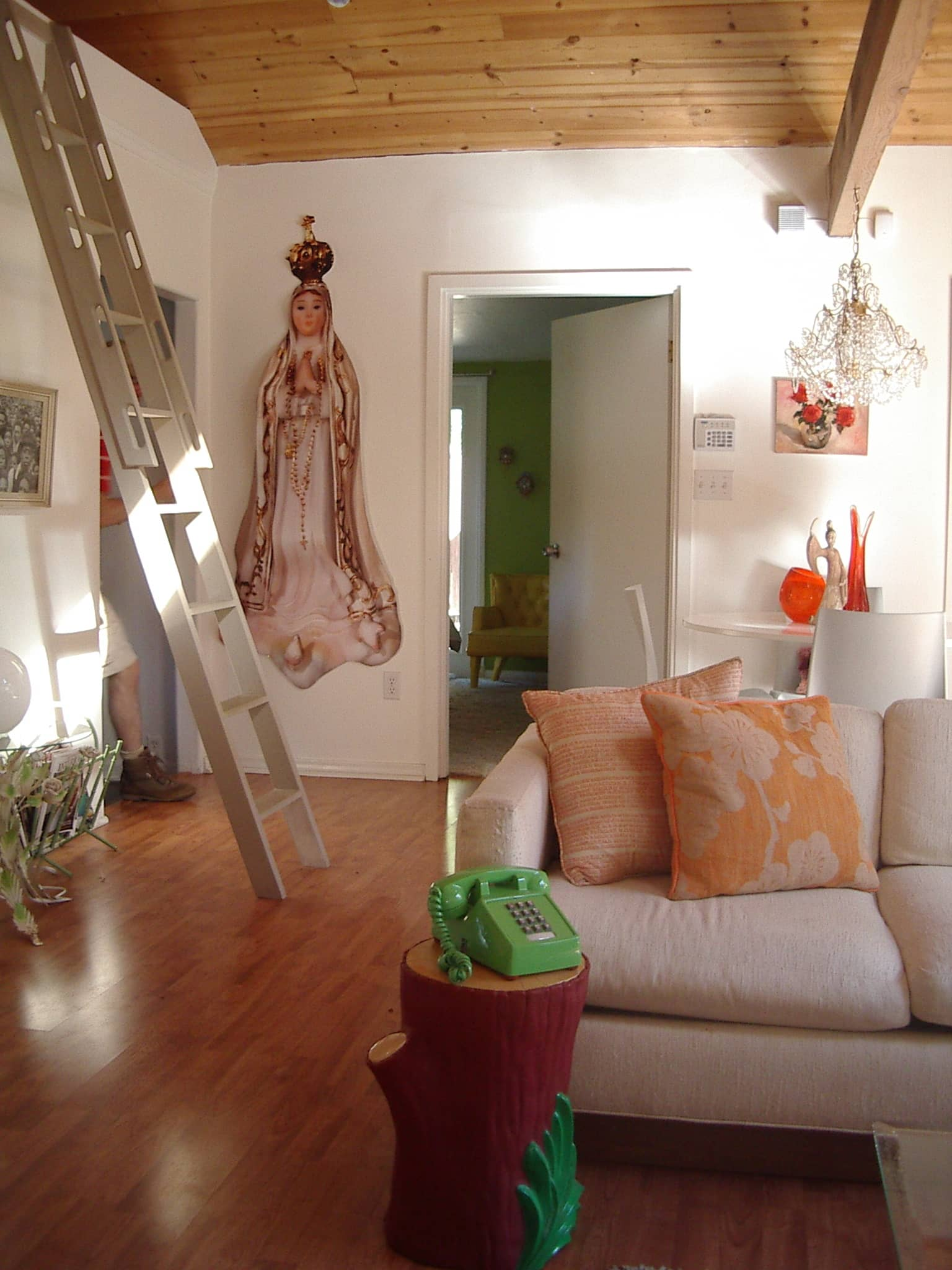 Good Questions: How To Paint This High Ceilinged Room?: gallery slide thumbnail 11