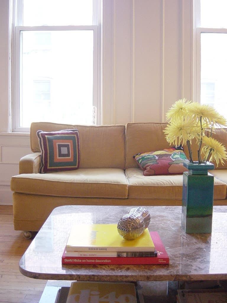 House Tour: Dana's Sunny Logan Square Apartment: gallery slide thumbnail 15