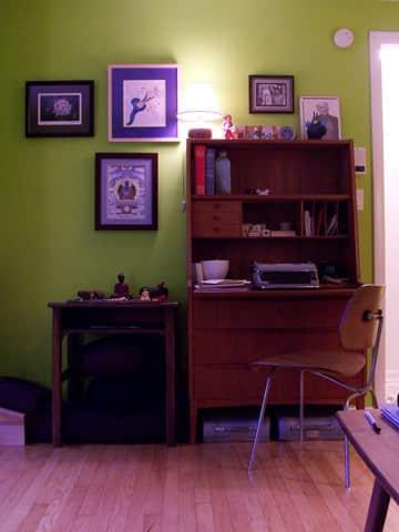 House Tour: Molly & Raúl's Green Muse: gallery slide thumbnail 3
