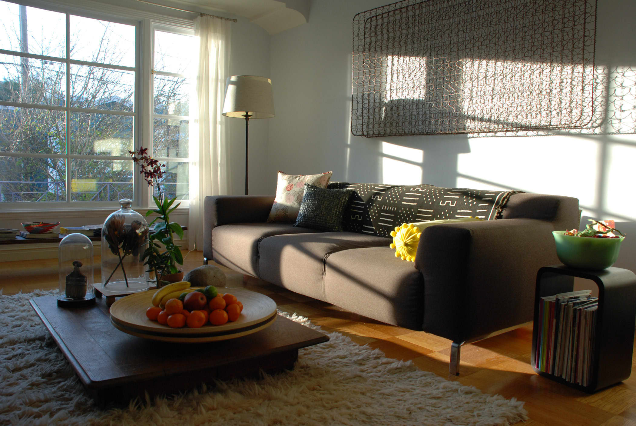 House Tour: Rebecca and Roger's Relaxed Wabi-Sabi Modern: gallery slide thumbnail 20