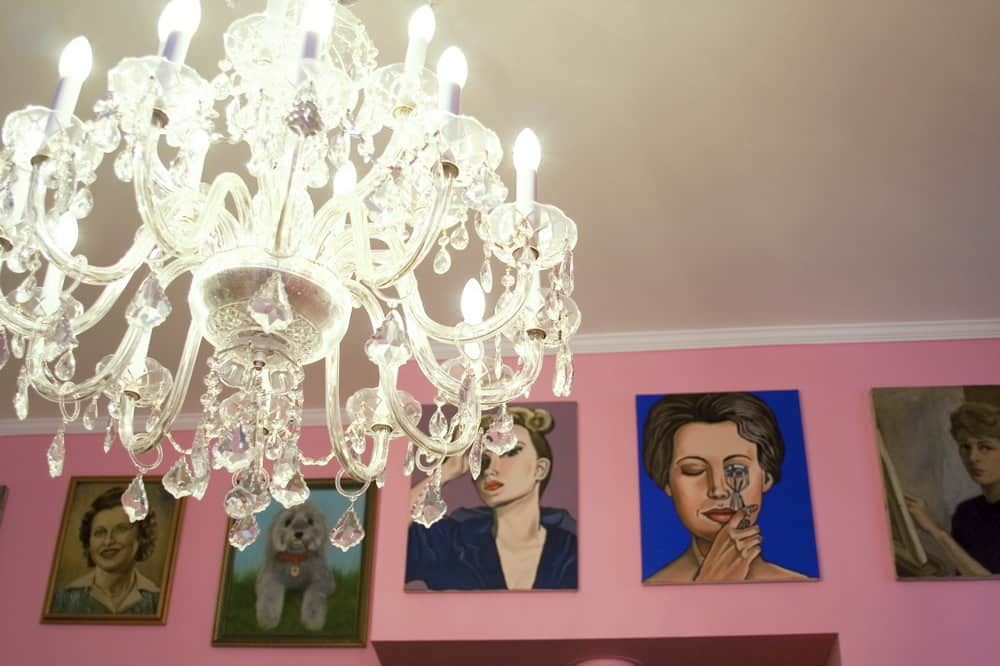 House Tour: Dixie's Bluebird Manor: gallery slide thumbnail 22