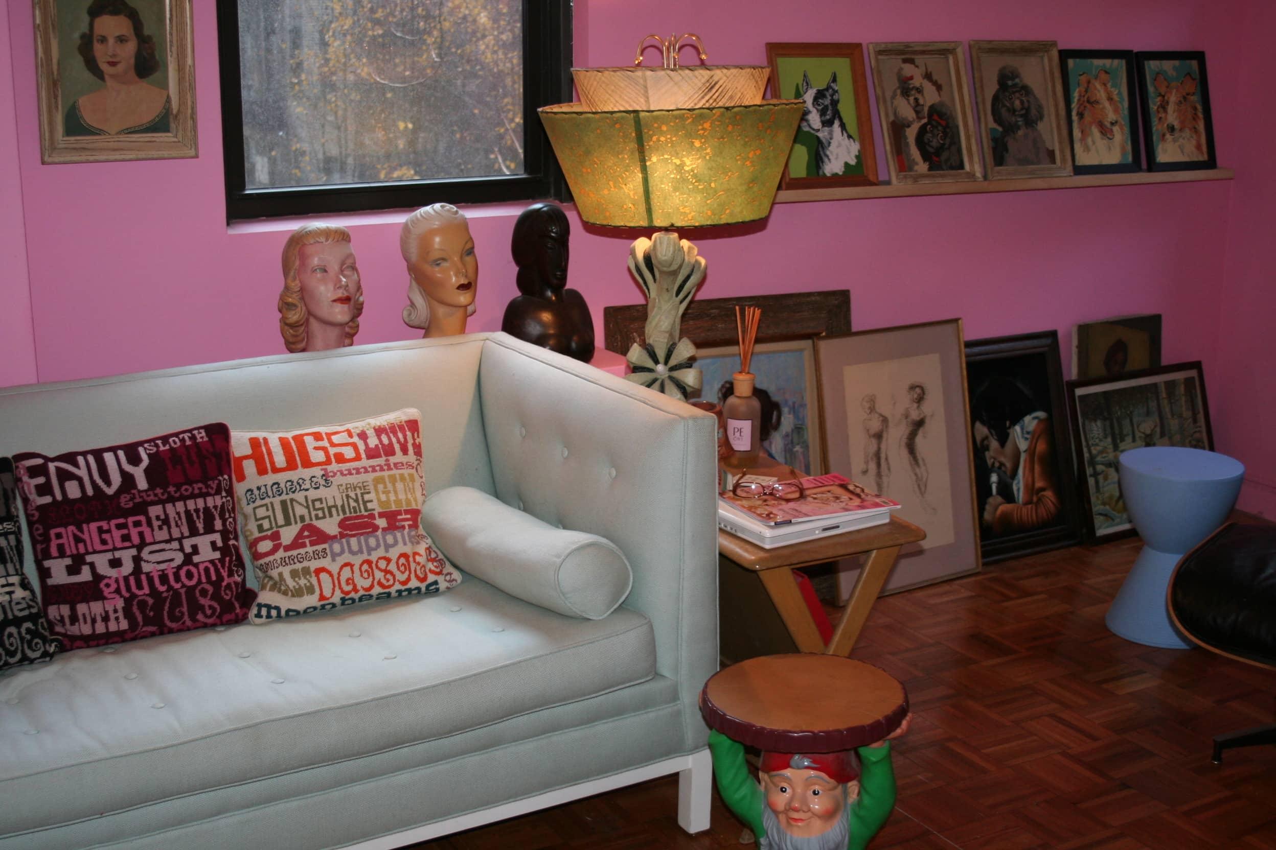 House Tour: Dixie's Bluebird Manor: gallery slide thumbnail 7