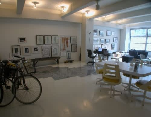 NY House Tour: Justine and David's Home Away from Home: gallery slide thumbnail 1