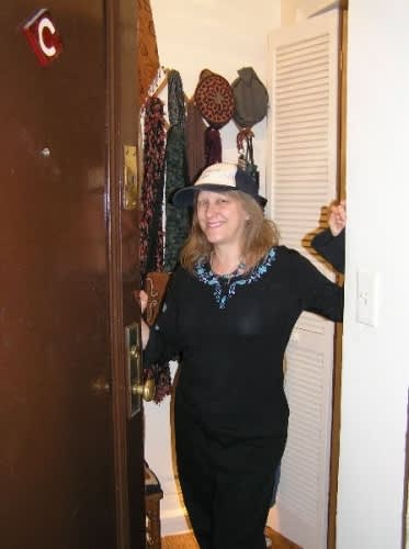 NY House Tour: Phyllis' Long Term Jewel of a Studio: gallery slide thumbnail 43