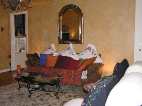 NY House Tour: Phyllis' Long Term Jewel of a Studio: gallery slide thumbnail 18