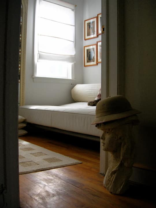 DC House Tour: Polly's Pomander Walk House: gallery slide thumbnail 15