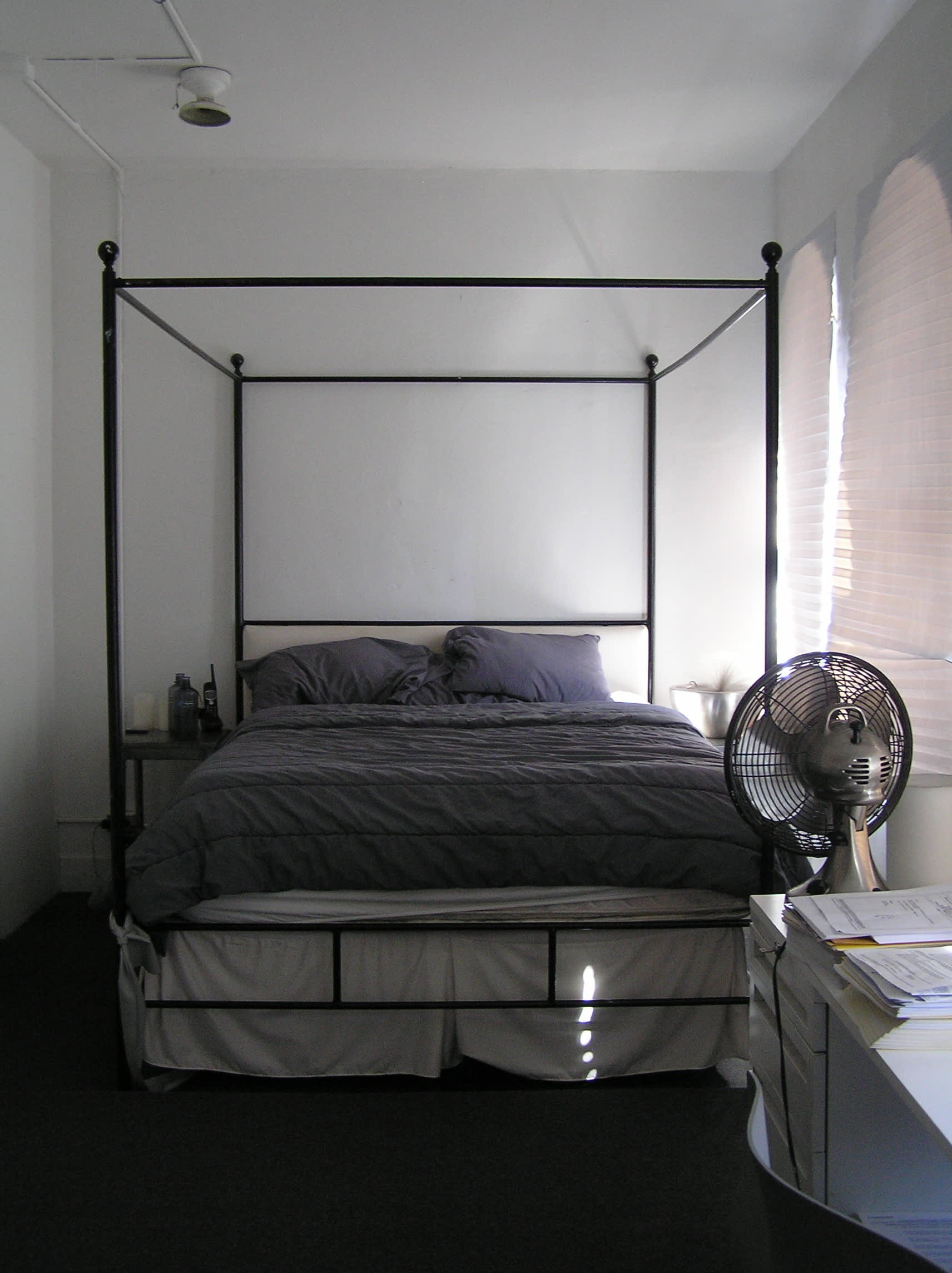 NY House Tour: Uri Stays Monochrome: gallery image 24