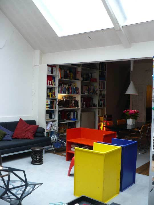 House Tour: Chez Patrick & JulianParis, France: gallery slide thumbnail 16