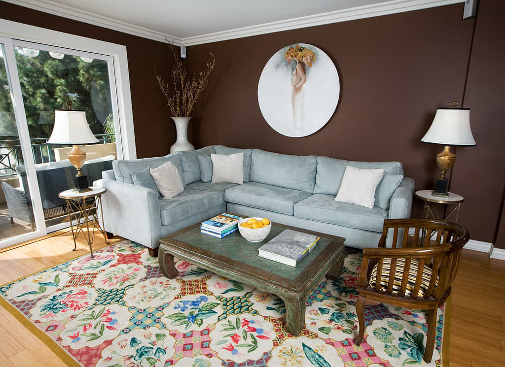 LA House Tour: Lindsey's Perfected Sophistication: gallery slide thumbnail 23
