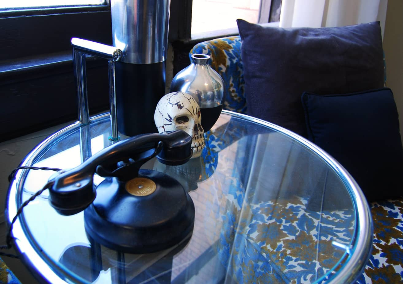 LA House Tour: Anne & Jacob's Curiosity Shop Meets MidCentury Modern: gallery slide thumbnail 35