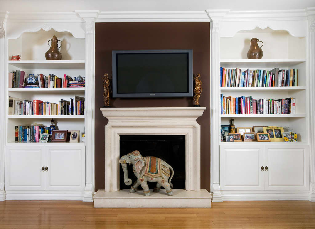 LA House Tour: Lindsey's Perfected Sophistication: gallery slide thumbnail 29