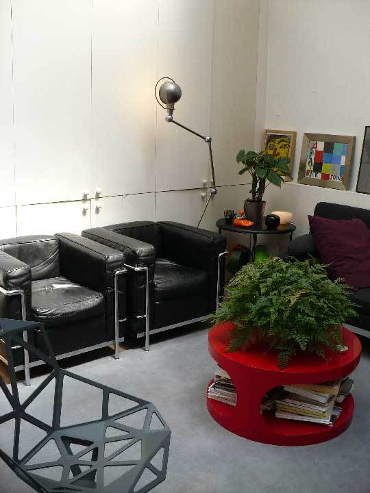 House Tour: Chez Patrick & JulianParis, France: gallery slide thumbnail 14