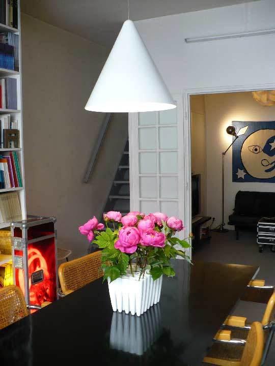 House Tour: Chez Patrick & JulianParis, France: gallery slide thumbnail 4