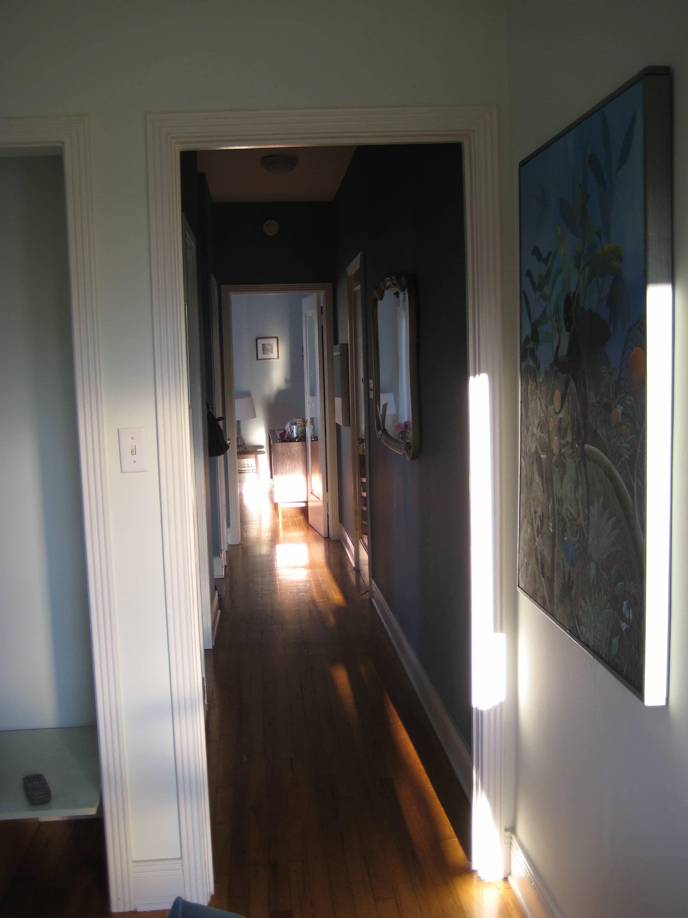 LA Good Question: What To Do With A Really Long Hall?: gallery image 44