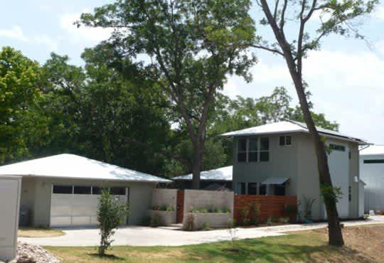 Austin House Tour: Kelly's Modern 5-Star Green Home: gallery slide thumbnail 1