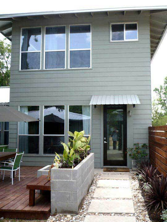 Austin House Tour: Kelly's Modern 5-Star Green Home: gallery slide thumbnail 3