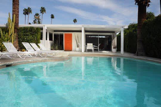 LA Mini-House Tour: Michael's Modern 1955 Home: gallery slide thumbnail 10