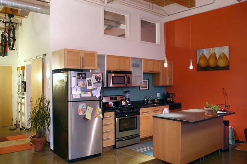 House Tour: Melinda's Colorful Quincy Loft: gallery slide thumbnail 22