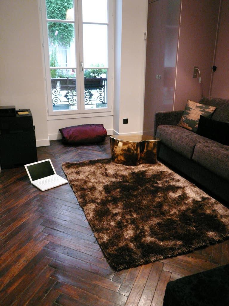 Tech Tour: Studio in the Heart of Paris: gallery slide thumbnail 17