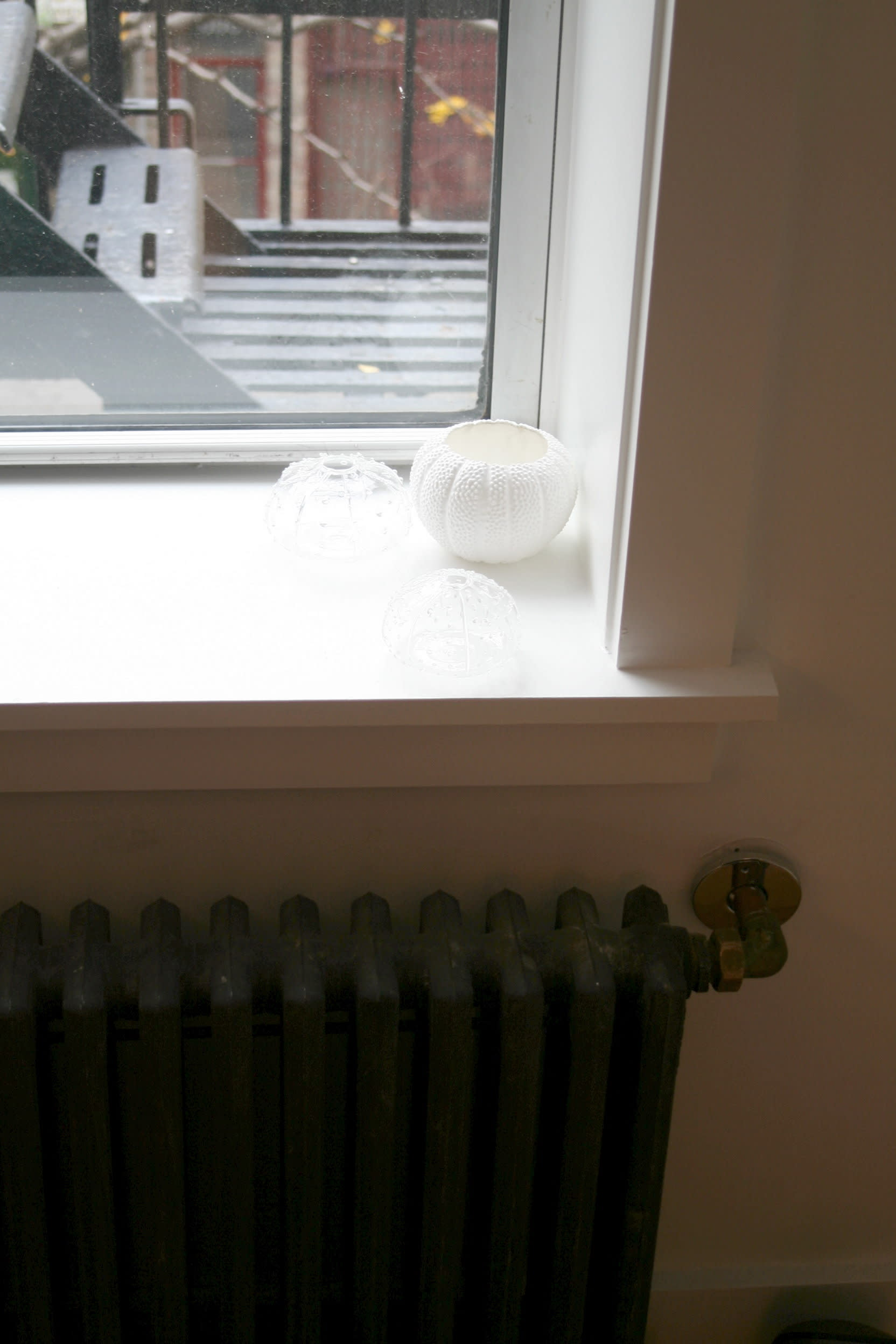 House Tour: Lucinda and Nicholas' Transformed Tenement: gallery slide thumbnail 13