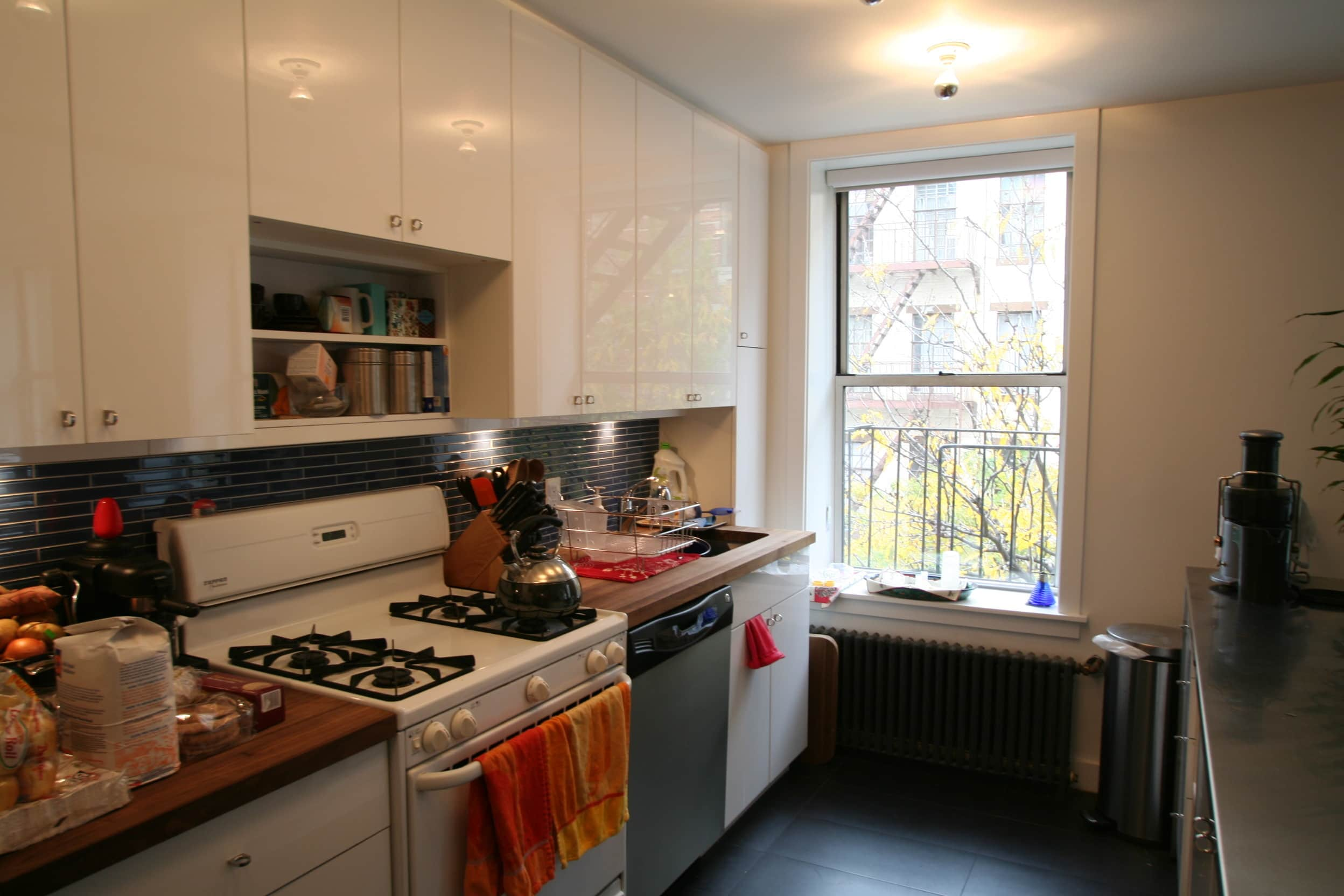 House Tour: Lucinda and Nicholas' Transformed Tenement: gallery slide thumbnail 29