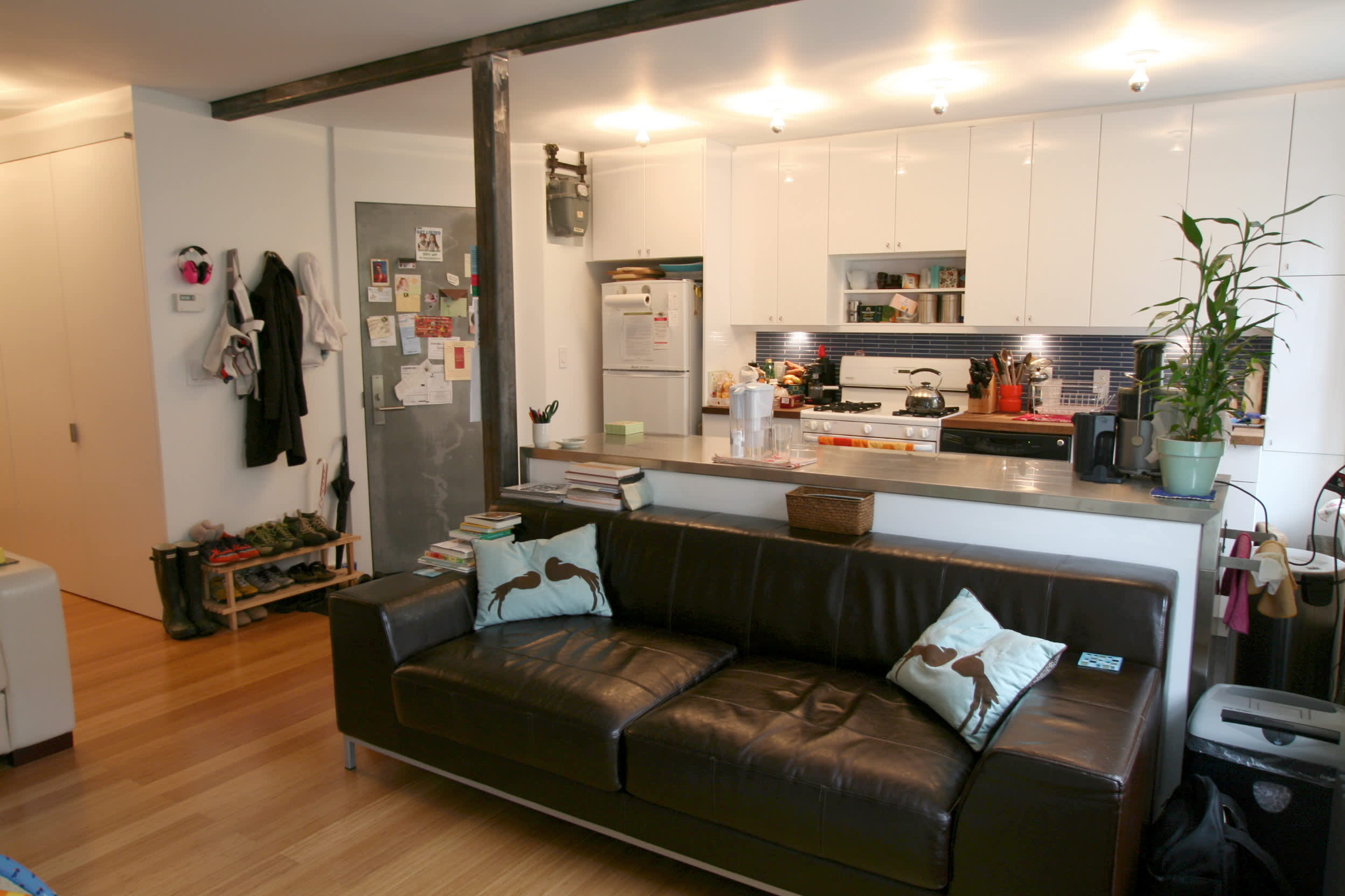 House Tour: Lucinda and Nicholas' Transformed Tenement: gallery slide thumbnail 5