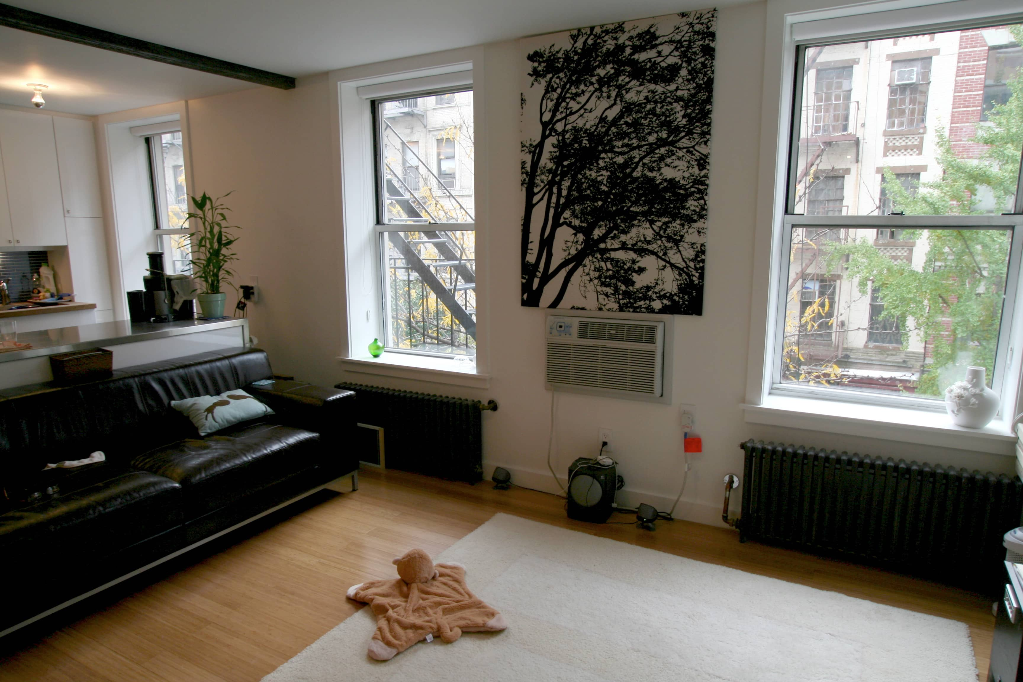 House Tour: Lucinda and Nicholas' Transformed Tenement: gallery slide thumbnail 18