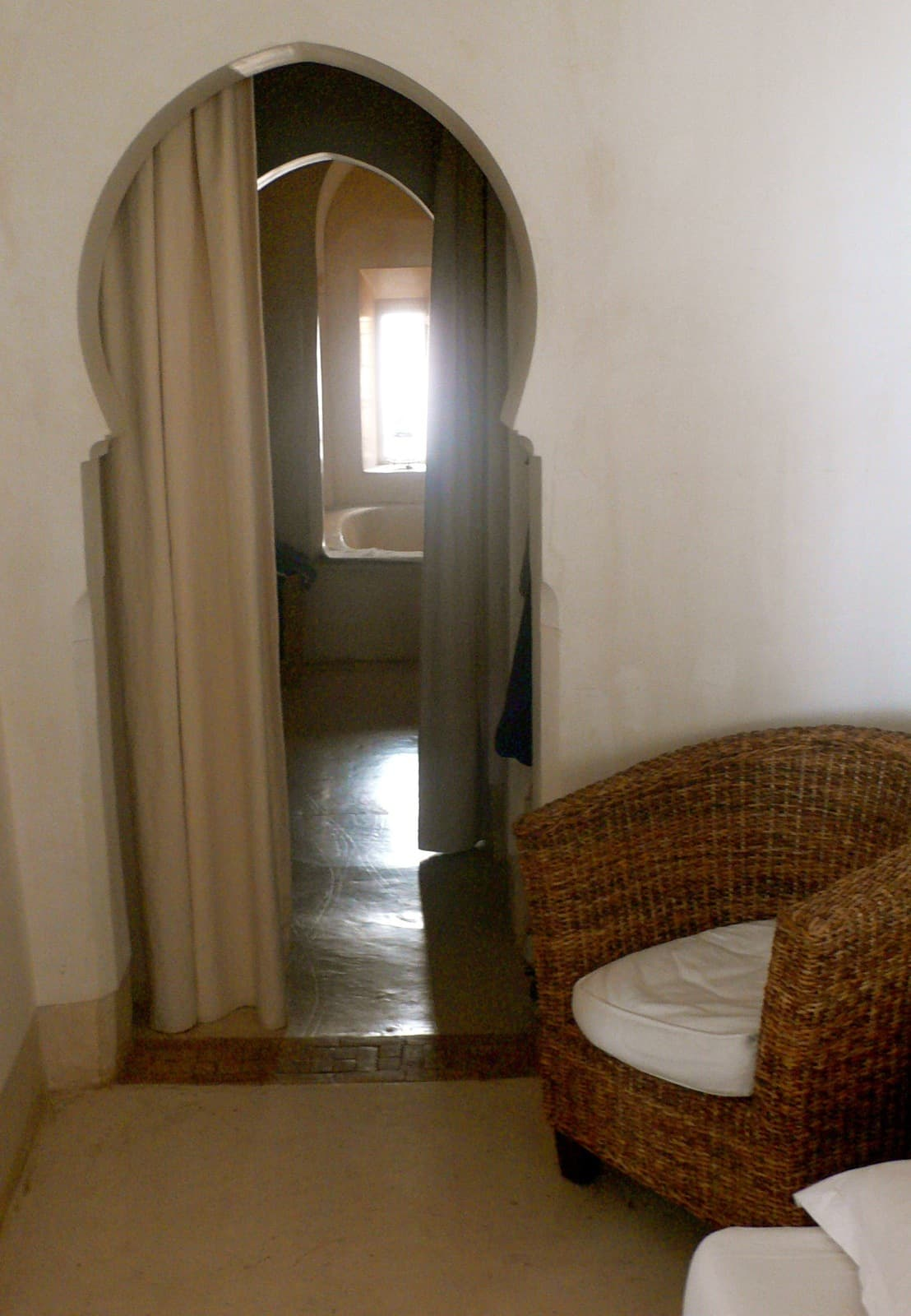 House Tour: Oliver's Moroccan Riad: gallery slide thumbnail 12