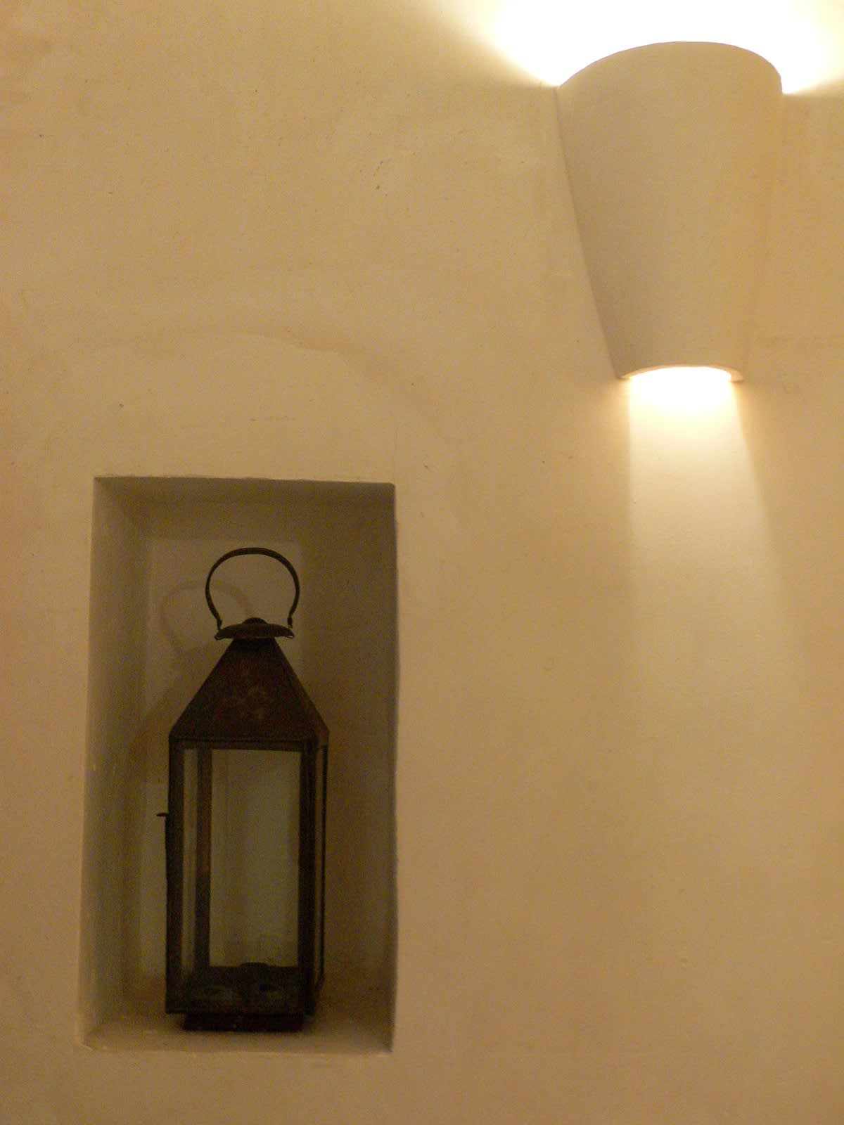 House Tour: Oliver's Moroccan Riad: gallery slide thumbnail 18